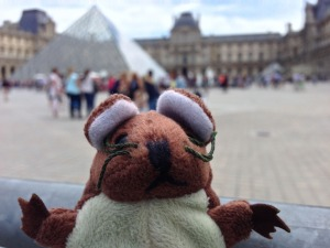 Image of A Green Mouse at the Louvre